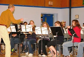 Students participating in the DHS Band Program playing at Revelstoke in 2012.